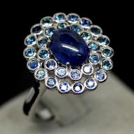Серебряное кольцо 925 пробы с натуральным синим сапфиром Размер 18,5