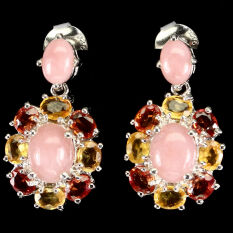Серебряные серьги 925 пробы с натуральным розовым опалом и разноцветным сапфиром