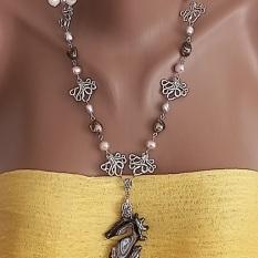 Кольє ручної роботи в морському стилі з натуральними різнокольоровими перлами